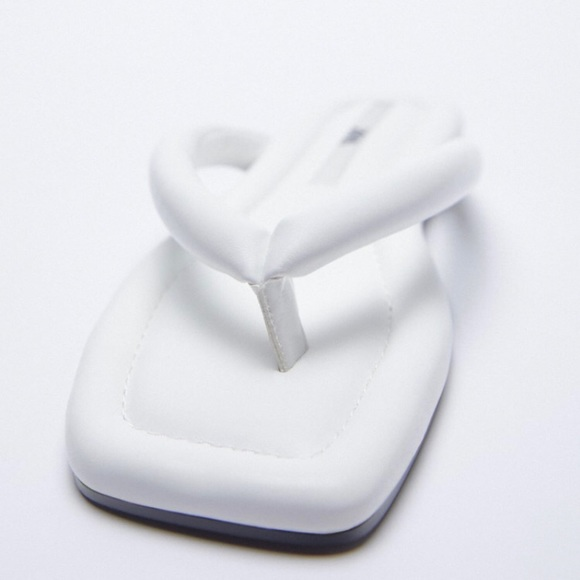 Zara | Low Heeled Quilted Sandals White Size 6.5